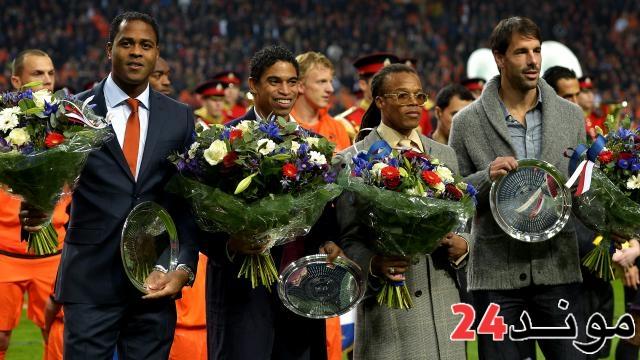 فيديو: كبار الكرة الهولندية و مشاهير هولندا يدعمون أسود الأطلس