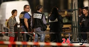 فرنسا: 7 جرحى بينهم سائحان بريطانيان في هجوم بسكين في باريس