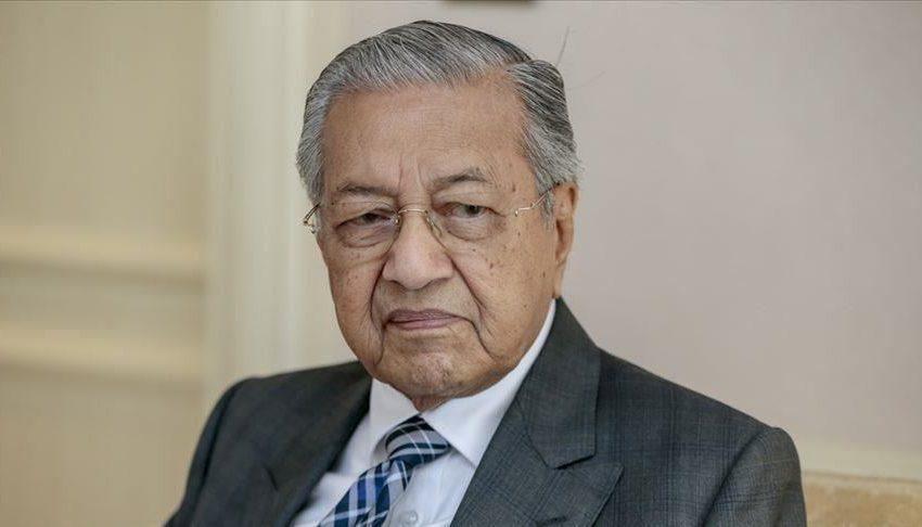 مهاتير محمد يتعهد بالسعي لإسقاط الائتلاف الحاكم في ماليزيا بكل السبل