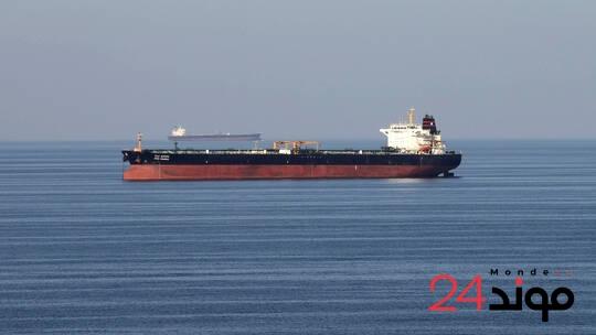 استهداف سفينة إيرانية بألغام في البحر الأحمر
