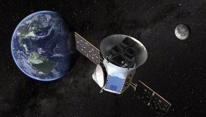 الصين: بعد مهمة ناجحة… عودة المسبار محملا بعينات من القمر إلى الأرض